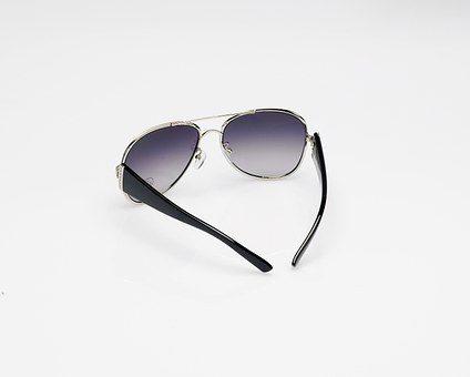 Zakup nowych okularów przeciwsłonecznych