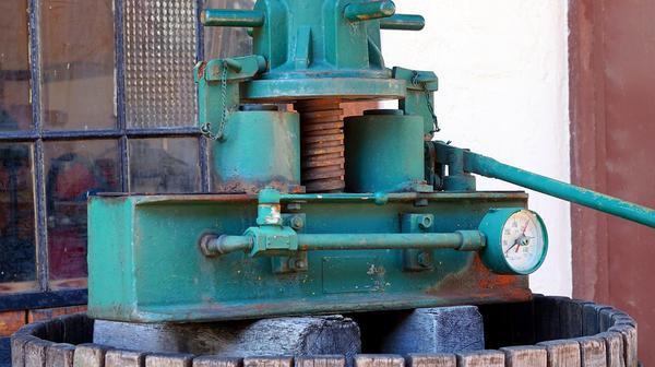 prasy hydrauliczne do klejenia drewna